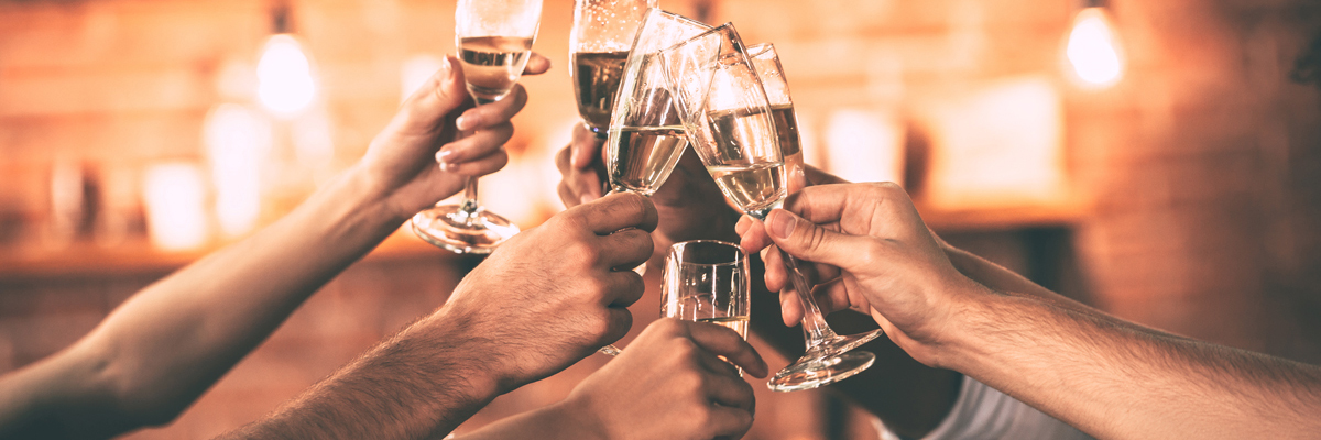 With an attractive price of £45 per person you can enjoy a festive three-course buffet, half bottle of wine, DJ & disco, Christmas novelties and private bar until 1am. The early bird is rewarded at the Holiday Inn London - Wembley this year, save 10 % off drinks when you pre-order your drinks before the end of September! Why not make a night of it?  There's no need to worry about travelling home after the party with the Christmas party overnight stay offer. Rooms from £89.00 including a full English breakfast (based on two people sharing).