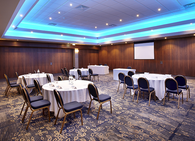 Large Meeting Venue Near Wembley Stadium, Meeting Space Near